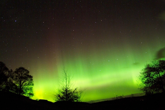 Northern Lights from 21st Oct 2003 in Crooktree, NE Scotland. Photo courtest of Jim Henderson Photography